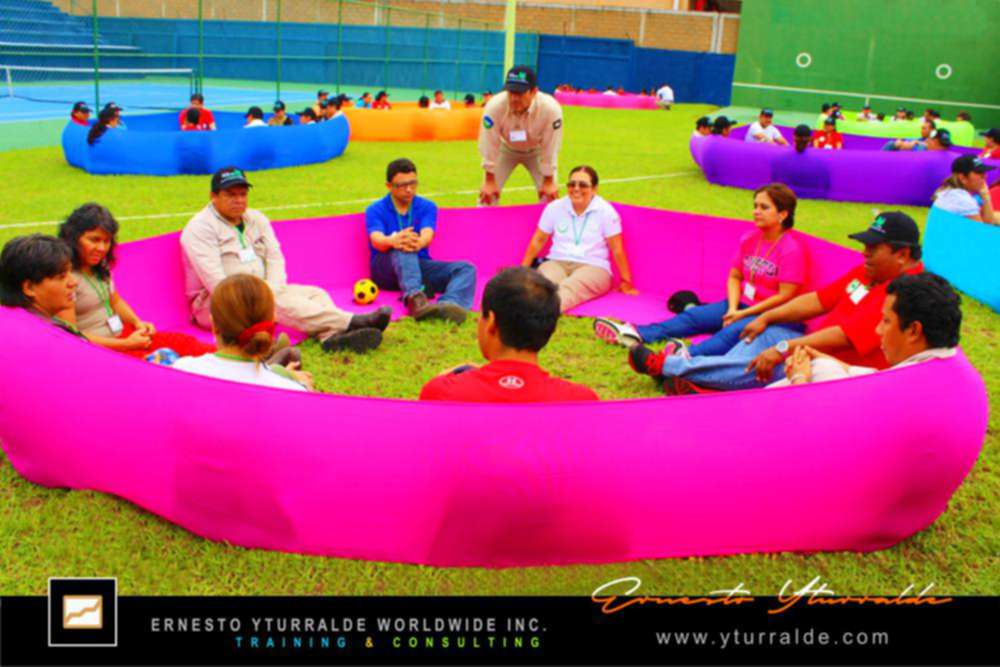 Maravillosos talleres de Team Building & Outdoor Training | Ernesto Yturralde Worldwide Inc.